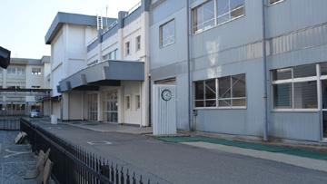 school02.jpg